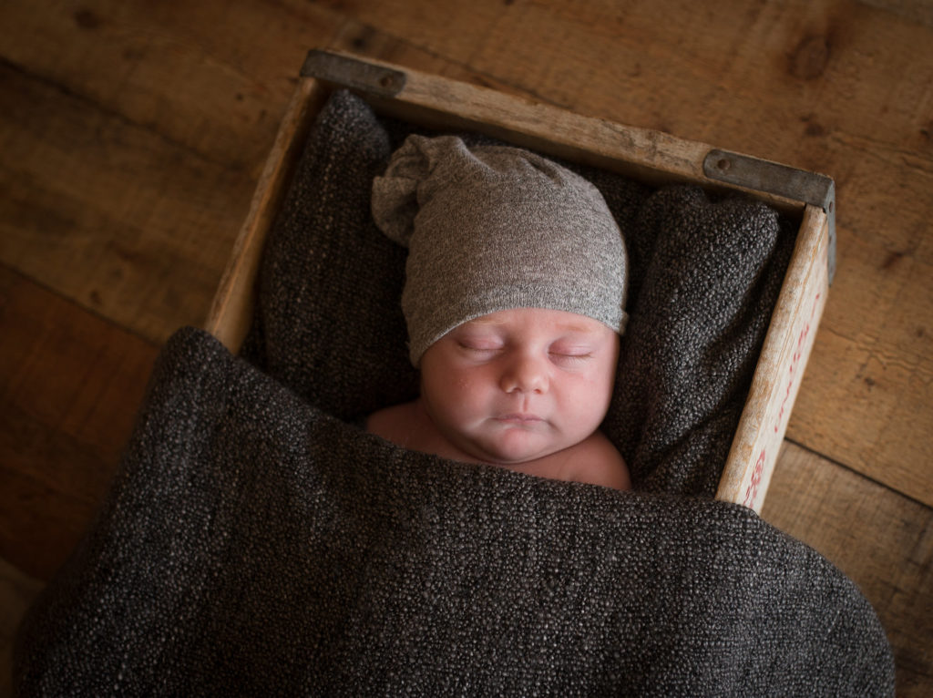 View More: http://lemaephotography.pass.us/oliver-newborn